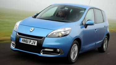 Renault Scenic front action