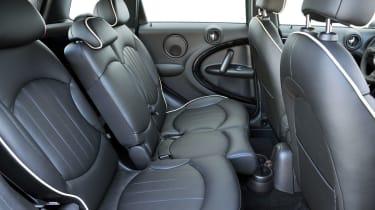 MINI Countryman rear seats