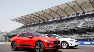 Jaguar I-Pace vs Tesla Model X P100D launch race