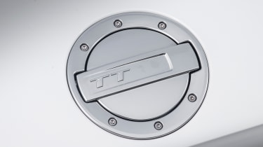 Audi TT Roadster 180 2016 - fuel cap
