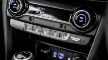 Hyundai Kona review - centre console