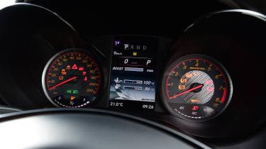 Mercedes AMG GT R - dashboard