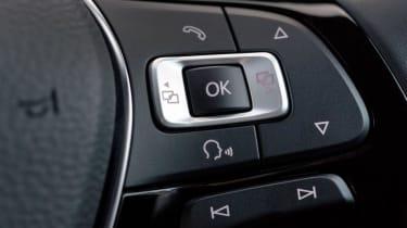 Volkswagen T-Roc - steering wheel detail