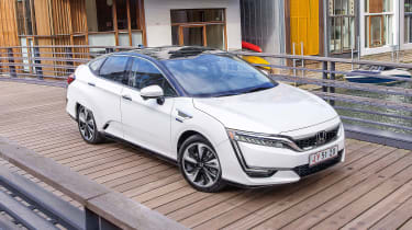 Honda Clarity - front/above static