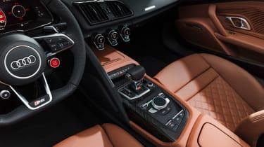 Audi R8 Spyder - studio interior
