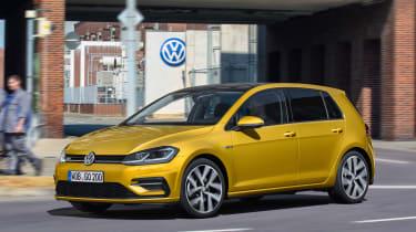New 2017 Volkswagen Golf - front static