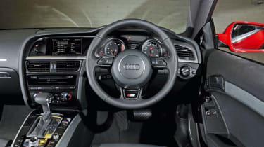 Audi A5 2.0 TFSI Coupe dash