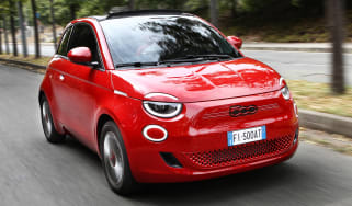 Fiat 500(RED) - front