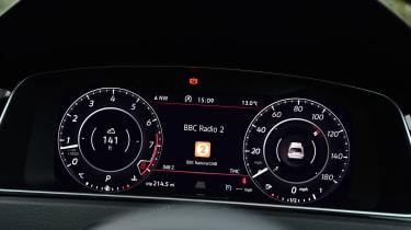 Volkswagen Golf GTI Performance Pack - dials