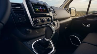 Renault Trafic - interior