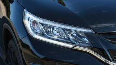 Honda CR-V Black Edition 2016 - headlight