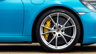 Porsche 911 Targa 4S 2016 - wheel