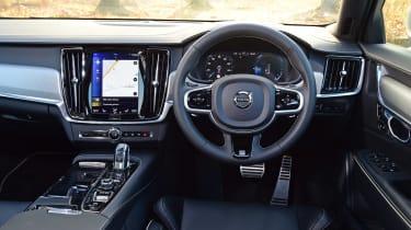 Volvo S90 T8 - dash