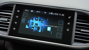 Peugeot 308 SW long termer info screen