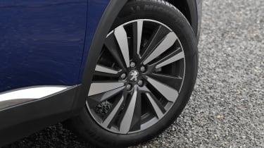 Peugeot 3008 - wheel