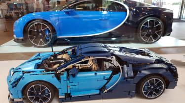 LEGO Bugatti Chiron - side-by-side