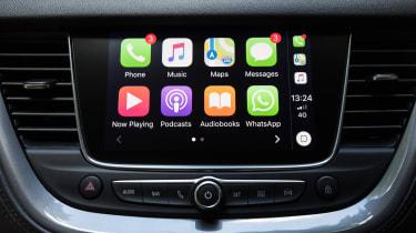 Vauxhall Grandland X - infotainment