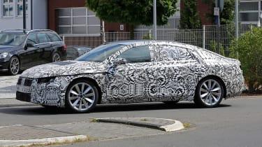 VW Passat CC spies side