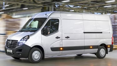 2019 Vauxhall Movano front quarter