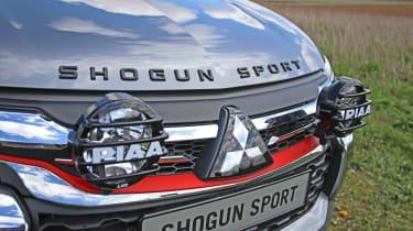 Mitsubishi Shogun Sport SVP Concept - grille