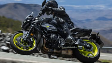 Yamaha MT-10 review - cornering