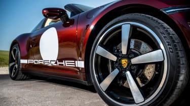 Porsche 911 Targa 4S Heritage Design Edition - side profile