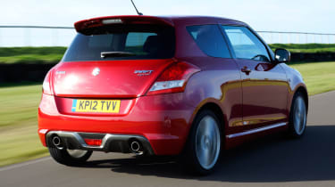 Suzuki Swift Sport rear tracking