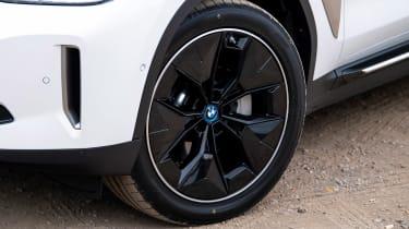 BMW iX3 - wheel