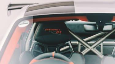 Porsche 911 GT2 RS - front seat