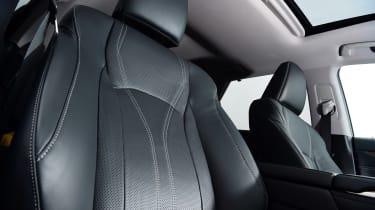 Lexus RX - seat