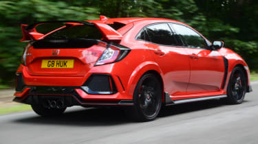UK Honda Civic Type R 2017 - rear quarter