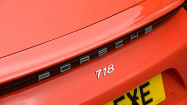 Porsche 718 Cayman 2016 - spoiler