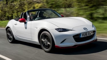 Mazda MX-5 Icon - white front tracking