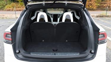 Tesla Model X - boot