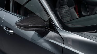 Audi e-tron GT - grey wing mirror