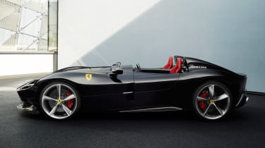 Ferrari Monza SP2 - side