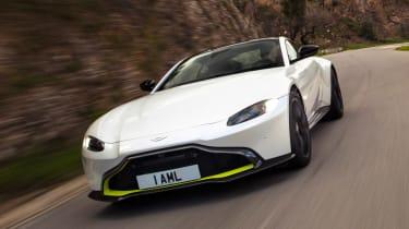 Aston Martin Vantage - front tracking