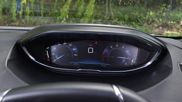 Peugeot 5008 long-term test - speedo