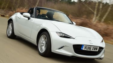 Long-term test review Mazda MX-5 - front cornering