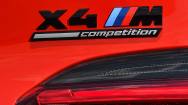 BMW X4 M Competition - badge