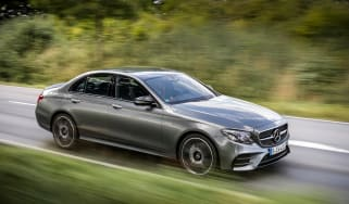 Mercedes-AMG E 43 4MATIC - front tracking