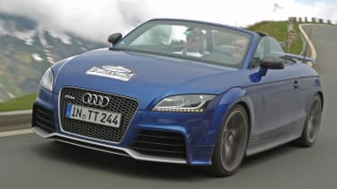 Audi TT RS Plus Roadster front tracking