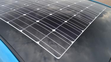 Toyota Prius - solar roof