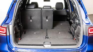 Mercedes GLB - studio boot
