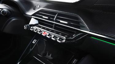 Peugeot 208 - centre console