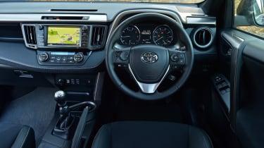 Toyota RAV4 2016 - interior
