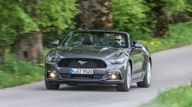 Ford Mustang Convertible - front driving