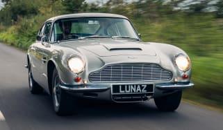 Lunaz Aston Martin DB6 - front action