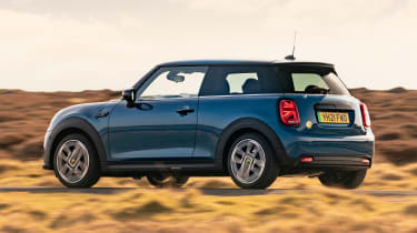 MINI Electric - rear action