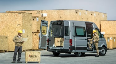 VW Crafter 4motion - loading